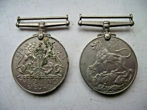 WW2 WWII ORIGINAL PAIR OF MEDALS DEFENCE MEDAL & 1939-1945 MEDAL SEE PICTURES