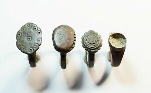 MIXED LOT OF 4 RINGS FROM ROMAN TO MEDIEVAL PERIOD