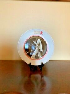 """Elvis Lives 8"""" Glass Plate With Stand"""