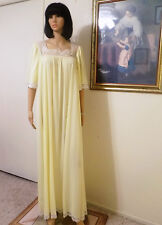 LUCIE ANN Beverly Hills vintage Nylon Negligee LEMON YELLOW size S small