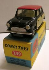 Corgi Toys 249 Morris Mini Cooper ''Wickerwork''     original