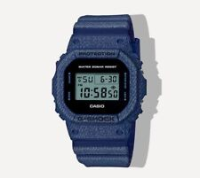 Nouveau * CASIO HOMME G SHOCK Carré Bleu Denim Watch Tough DW5600DE-1 RRP £ 129