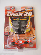 WINNERS CIRCLE 1:64 #20 TONY STEART WITH HOOD MAGNET