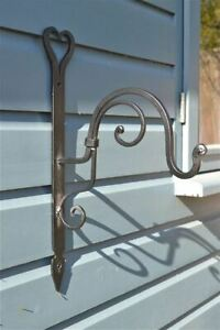 Beautiful Handmade wrought iron heart shaped hanging basket wall bracket HWB