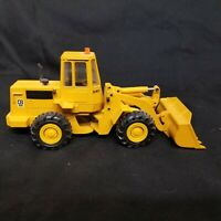 Caterpillar 936 Wheel Loader 1:50 Scale by Conrad Die-Cast
