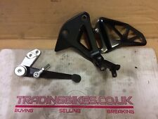 suzuki gsxr 1000 l7 2017 0 miles oem left rear set and gear lever and peg