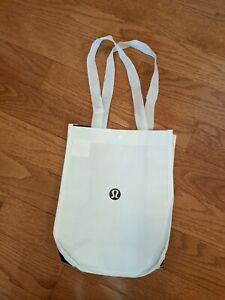 2 X LULULEMON REUSABLE SHOPPING BAGS SNAP CLOSURE SMALL WHITE