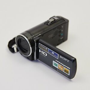 Sony Handycam HDR-CX116 high definition with flip out screen