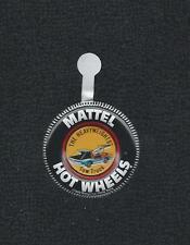 THE HEAVY WEIGHTS TOW TRUCK Mattel Hot Wheels Redline metal badge/pinback 1969