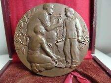 CASED VINTAGE FRENCH BRONZE ART MEDAL. RARE. M18a