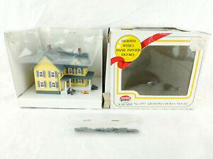 Model Power No. 2557 Grandma Mose's House Lighted Train Decor Miniature Figure