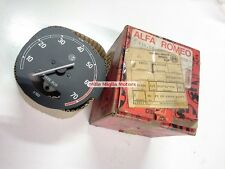 Alfa Romeo Alfetta 1.8 Sedan techo tachometer rpm rev mechanical Guage