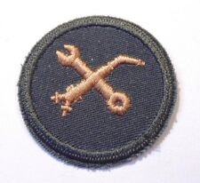 Canadian Armed Forces trade material technician qualification badge Level 1