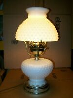 "VINTAGE GWTW HOBNAIL MILK GLASS ELECTRIC HURRICANE TABLE LAMP / 19""(H)"