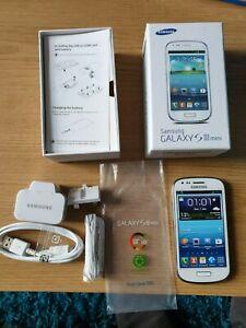 Samsung Galaxy S3 MINI GT-I8190 - 8GB *FULL SET*