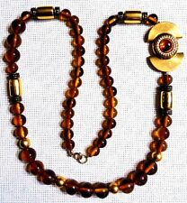 VINTAGE ABSOLUTELY STUNNING AMBER COLOR LUCITE W/GOLD TONE DESIGN LONG NECKLACE