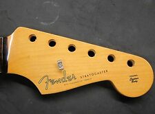 SPECIAL EDITION 2015 Fender Classic 60's ROSEWOOD NECK Vintage RI Strat Guitar