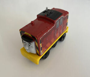 thomas the tank engine small battery operated Salty Train Thomas and Friends