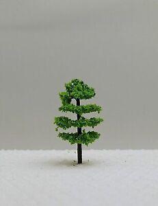 10 Laubbäume hellgrün ca. 3,5 cm hoch
