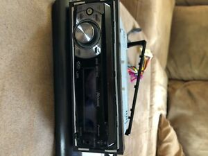 Pioneer Premier DEH-P400UB Stereo CD Player iPod USB Aux AM FM SAT Radio & Wires