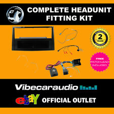 Connects2 CTKVX17 Vauxhall Astra H Corsa Stereo Fascia Complete Fitting Kit