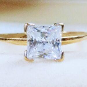 10K 10KT PRINCESS CUT CZ ENGAGEMENT WEDDING RING REAL  YELLOW GOLD 2 Grms Sz 8.5