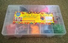 Multi Loom Band Kit 2000 Pieces Includes Loom, Bands, 2 x Hooks, Charms, S Clips