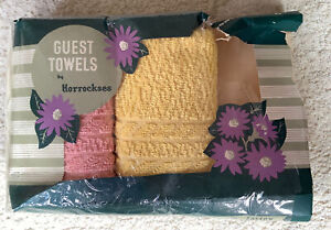 2 Vintage Hand Guest Towels - Brand New In Packaging 1950's