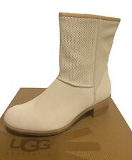 UGG Australia CYRINDA PERF Boots Cream US 7 /EUR 38 /UK 5.5 -New!