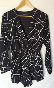 ROSEBULLET 🌹🌷Size 10 longsleeve black white playsuit romper shorts Size 10