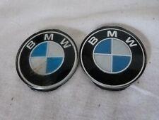 Aus einer Auflösung: 2 kleine BMW  Embleme / Schriftzüge