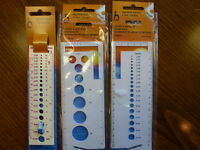 knitting needle Gauges 3 different gauges 2 with yarn cutters built in