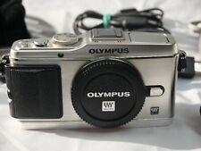 Olympus PEN E-P3 silber -Systhemkamera- Sehr guter Zustand Nur Gehäuse + Extras