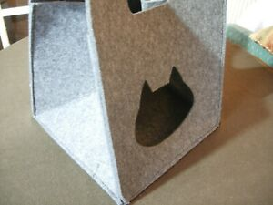 Trixie Antonia Cat Travel Bag / Cuddly Place/ Cave -  Insulating  Felt - Igloo
