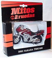 Yamaha TDM 850 2001 New in Box 1-18 scale motorbike