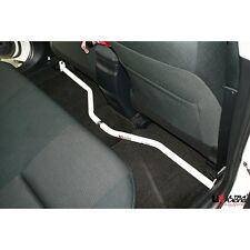 Toyota Altis (E-160) 1.8 (2012) Ultra Racing Rear Cross Bar 2 Points Adjustable