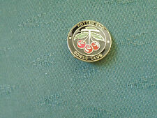 POTTEN END BOWLING CLUB HERTFORD - ENAMEL BOWLS PIN BADGE