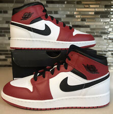 Air Jordan 1 Mid Gs Chicago White Heel Size 5y (6.5 Womens) 554725-173