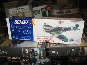 "Mint Supermarine Spitfire IX Flying Balsa Wood Model by Comet - 20"" Wingspan"