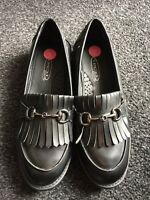 Ladies loafers Shoes Size 5  Black New