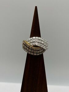 Solid 18k Gold Ring With Natural Diamonds