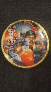 1993 Sports Impressions REGGIE JACKSON 4 inch Mini Plate New in Box With Stand