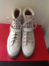 HERMES € 3000 WOMANS IVORY  WINTER BOOTS SZ. 39.5 PRE- OWNED NO BOX ITALY