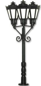 Viessmann 6077 Park Lanterns Three Lights, Black, LED Warm White # New IN Boxed#