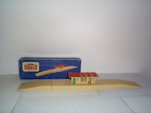 HORNBY DUBLO (32102) D1 ISLAND PLATFORM PICTURE BOX COLLECTABLE