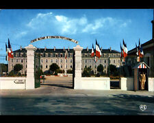 FONTENAY-LE-COMTE (85) CASERNE Centre de Formation Professionnelle N°2 en 1971