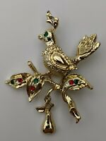 GOLD TONE PARTRIDGE IN A PEAR TREE RHINESTONES Red,Clear,Green BROOCH~PIN