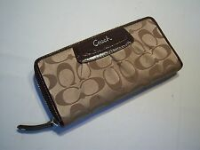 Vintage COACH Casual Women's Designer Wallet
