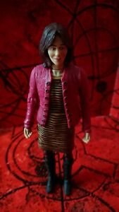 """Doctor Who Sarah Jane Smith 5"""" Action Figure (Pink Jumper)"""