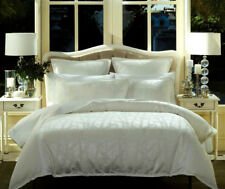 Bamboo White Quilt Duvet | Doona Cover Set | Features Jacquard Patterns | Queen